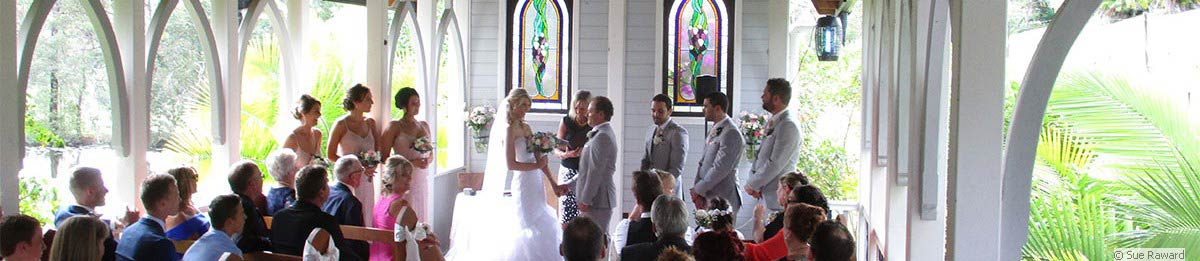 Wedding ceremony officiated by Celebrant Sue Raward