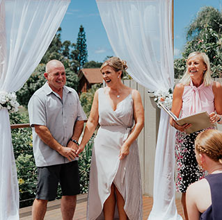 Luke and Melissa were married on the Gold Coast in February 2018 by Sue Raward Gold Coast Marriage Celebrant