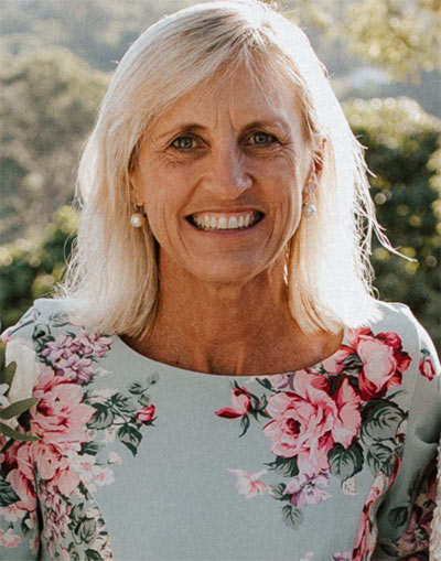 Sue Raward Gold Coast Marriage Celebrant